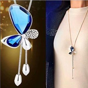 BRAND NEW BUTTERFLY SWEATER NECKLACE